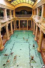 Купальни Гелерт (Gellert Baths), Будапешт, Венгрия.