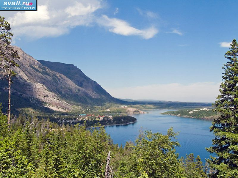 Национальный парк Waterton Lakes, провинция Альберта,  Канада.